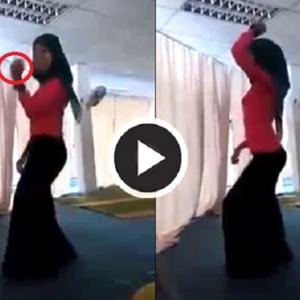 Biadab! Gadis Berhijab Menari Gelek Dalam Masjid Sambil Tunjuk Isyarat Lucah