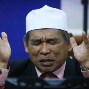 Mengaku Bersalah Hina Islam, Raja Bomoh Mohon Maaf