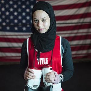 Remaja Islam AS Memperoleh Hak Bertinju Pakai Hijab