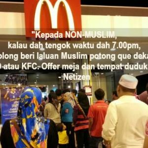 Netizen Kena 'Bash' Sebab Pandai-pandai Nasihat Non-Muslim Ketika Berbuka