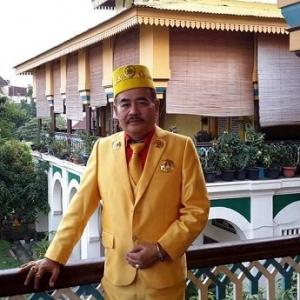 'Sultan Melaka' Mengamuk Dikatakan Mirip Lelaki Berkopiah Dalam Video