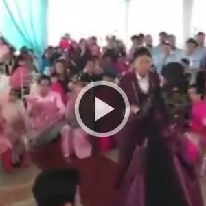 """""""Patutlah Ramai Cerai, Masa Majlis Kahwin Pun Pengantin Menari Terkinja-Kinja!""""-Netizen"""