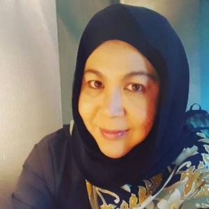 Bade Tetap Jadi Lelaki Terbaik Dalam Hidup Saya - Erma Fatima
