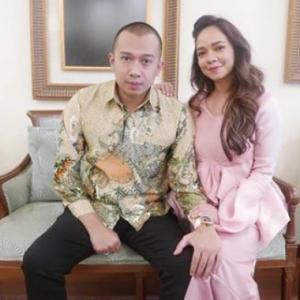 Tampil Seksi Belayar Dengan Suami, Nora Danish Dikecam