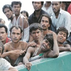 Adakah Rohingya Buat Malaysia Tersepit? Ini Jawapan Bernas Dari Seorang Ustaz