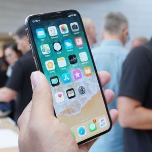 Biar Betul, Harga Sebenar Satu Unit iPhone X Hanya RM1,700 Sahaja?