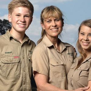 Keluarga 'Pemburu Buaya' Bakal Kembali Di Animal Planet!