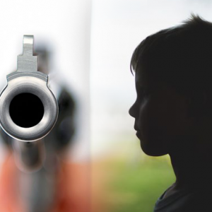 Tak Sengaja Tembak Adik Masa Main Senjata Api Bapa