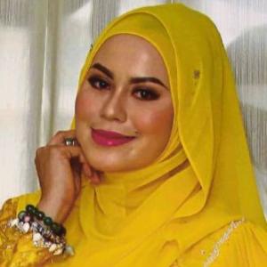 """Muka Macam Mayat Jadian!""- Rebecca Islam Gaduh Besar Dengan Eina Azman?"