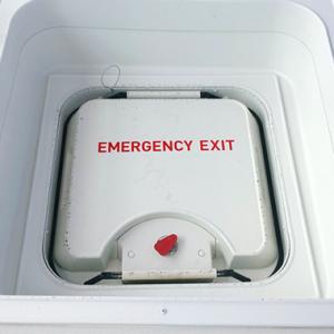 Lelaki Buka Pintu Kecemasan Pesawat Untuk Dapatkan Udara Segar