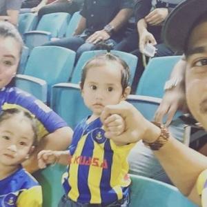 Tahniah! Datuk Fizz Fairuz Teruja Datin Amly Nadia Hamil Anak Ketiga