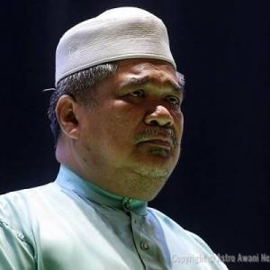 Tun Dr Mahathir Umum Senarai Kabinet - Mat Sabu Menteri Pertahanan