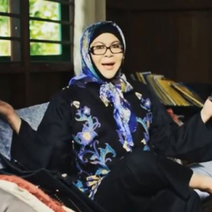"""""""Artis Bukan Badut"""" - Erma Fatima Dikecam Sangsi Dengan PH"""