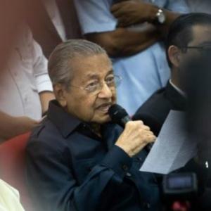 Jangan Tangkap Orang Yang Hina Atau Kritik Saya-Tun Mahathir