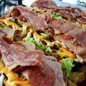 Ada 22 Jenis, Anda Bukan True Fans Kalau Belum Cuba Roti John Boss Burger Solo