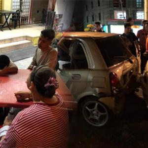 """""""Bengang Je Dengan Boyot Ni!"""" - Netizen Selar Budak 10 Tahun Bawa Kereta Kerana Lapar"""