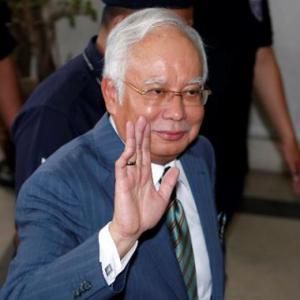Najib Didakwa Terima RM42 Juta Hasil Wang Haram