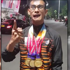 'Bangga Ridzuan Puzi Raih Hat-Trick Emas, Tak Nak Bagi Dik Wan Gelaran Datuk Ke?'