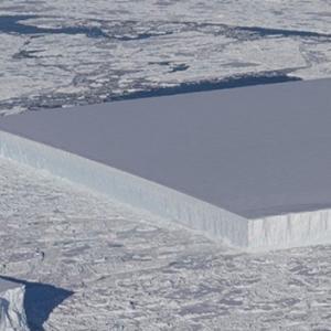 NASA Temui Kepingan Ais Segi Empat Bersaiz Gergasi Di Antartika