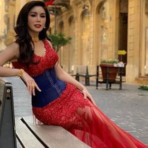 Nur Sajat Buat Hal Lagi, Selamba Pakai Bikini Di Lebanon