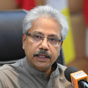 Petisyen Desak P. Waytha Moorthy Letak Jawatan Hampir Cecah 300 Ribu Tandatangan!