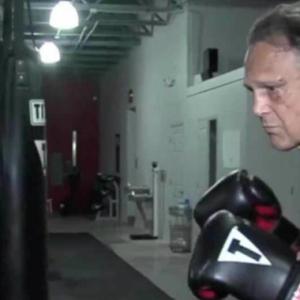 Salah Pilih Mangsa, Penyamun Patah Tulang Rusuk Dibelasah Bekas Juara Dunia Dalam Sukan Kickboxing