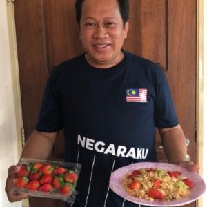 Ahmad Maslan Kembali Dengan Menu Baharu, Nasi Goreng Strawberry