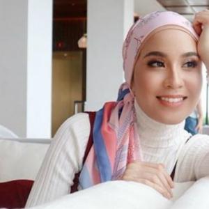 Tengah Angau Bercinta Katanya, Bella Dally Dah Dapat Pengganti Nazim Othman?