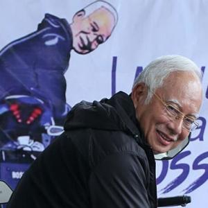 """""""Eh, Tadi AJL Sebut Apa? Kita Geng!"""" - Najib Razak"""