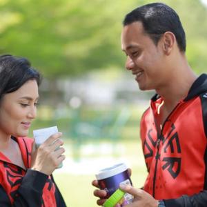 """""""Best Jadi Janda, Boleh Pegang-pegang Laga Hidung"""" - Netizen Gesa Fasha Nikah Cepat"""