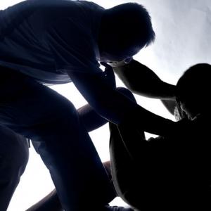 Mangsa Tak Cukup Menarik Untuk Dirogol, Mahkamah Bebaskan 2 Lelaki Dari Tuduhan