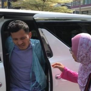 """Dramanya, Bila Dah Sakit Tu Rehat Jelah"" -  Netizen Kritik Sikap Dato Aliff Syukri.."