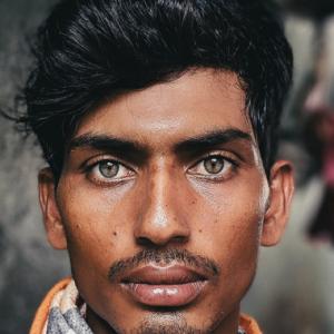 Ramai Terpegun Pekerja Binaan Bangladesh Di Malaysia Ada Iras Model Antarabangsa!