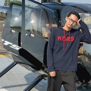 Ada Helikopter Dalam Single Baru Sufian Suhaimi, Netizen 'Tunggu Komen Adik Elfira Di Twitter'
