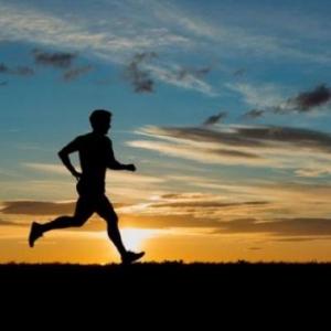 Larian Tetap Diteruskan, 4 Tip Untuk Mereka Yang Mahu Lakukan Aktiviti Ini Ketika Berpuasa