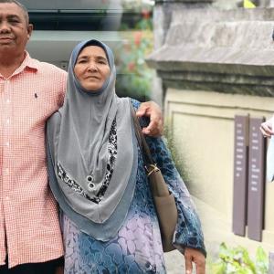 """""""Siapa Nak Sembahyangkan Jenazah Ayah"""" - Safiey Illias Insaf, Kali Terakhir Raya Sebagai Wanita?"""