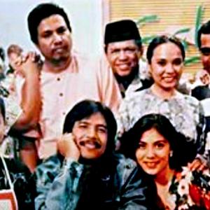 5 Sitkom Paling Popular Tahun 90-an, Siapa Sempat Melayan?