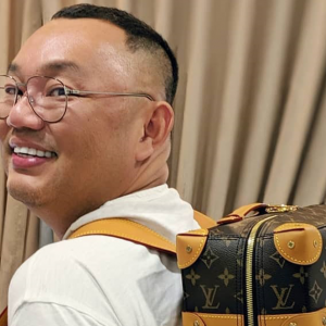 """Rasis? Tulisan Jawi Tak Mengislamkan Orang Pun"" - Michael Ang"