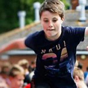 Budak 13 Tahun Gantung Diri Kerana Kecewa Orang Diminatinya Sudah Berpunya
