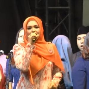 Siti Nurhaliza Nyanyi Lagu Warisan, Netizen Kata 'Tak Ada Ummph!'
