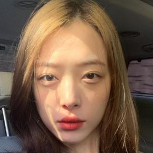 Penyanyi K-Pop Sulli Yang Selalu Cetus Kontroversi Ditemui Mati Dalam Rumah