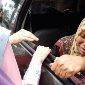 """""""Tidurlah Sayang Ummi Rehat Sepuas-puasnya"""" - Coretan Ibu Muhammad Saifullah Undang Sebak"""
