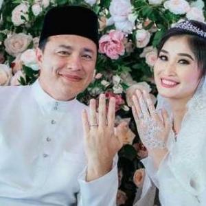 Kos 1 Juta Untuk Perkahwinan, Datuk Seri Eizlan Yusoff Sanding 4 Hari Berturut-Turut