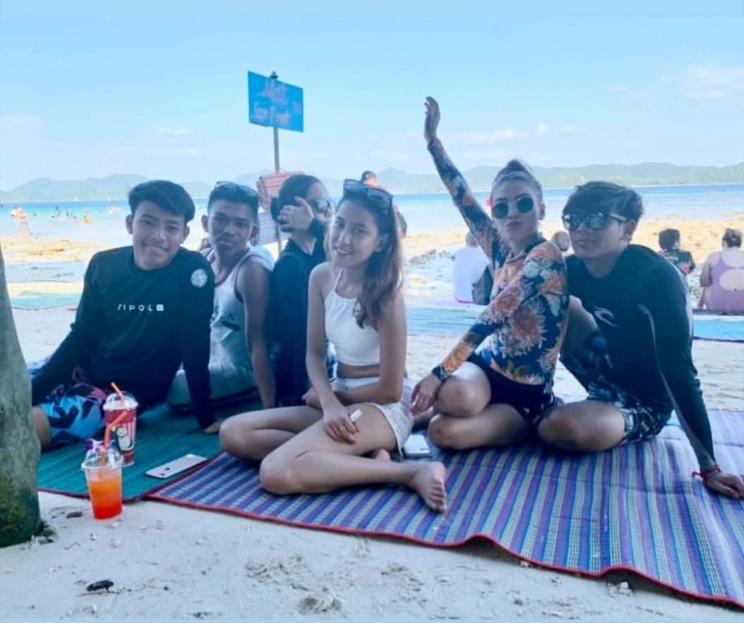 Gambar Eyka Farhana Pemain Kebangsaan Bercuti Di Phuket