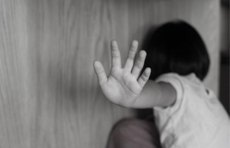 Bapa Rakam Aksi Cabul Liwat Anak 3 Tahun Semasa Cari Infonet