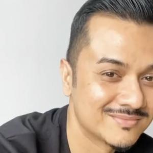 Terpisah 30 Hari, Fazley Yaakob Sebak Berjumpa Kembali Keluarga