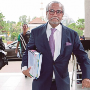 Sudah Tiba Masa Ambil Tindakan Mahkamah Terhadap Tun M - Shafee Abdullah