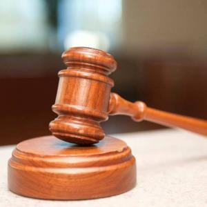 2 Beradik Didenda RM3,000 Halang Tugas, Himpit Kereta Polis