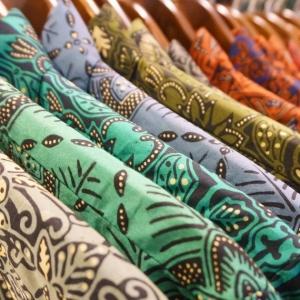 Warganet Indonesia Bengang Warisan Batik 'Dicuri' China