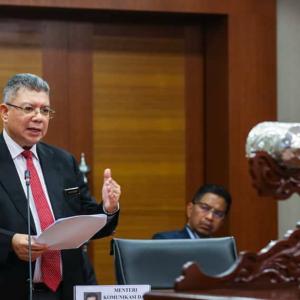 """""""Orang Politik Tak Boleh Lurus, Nanti Kena Pelangkung"""" - Saifuddin"""